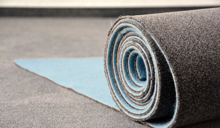 Why You Should Hire a Contractor for Carpet Installation